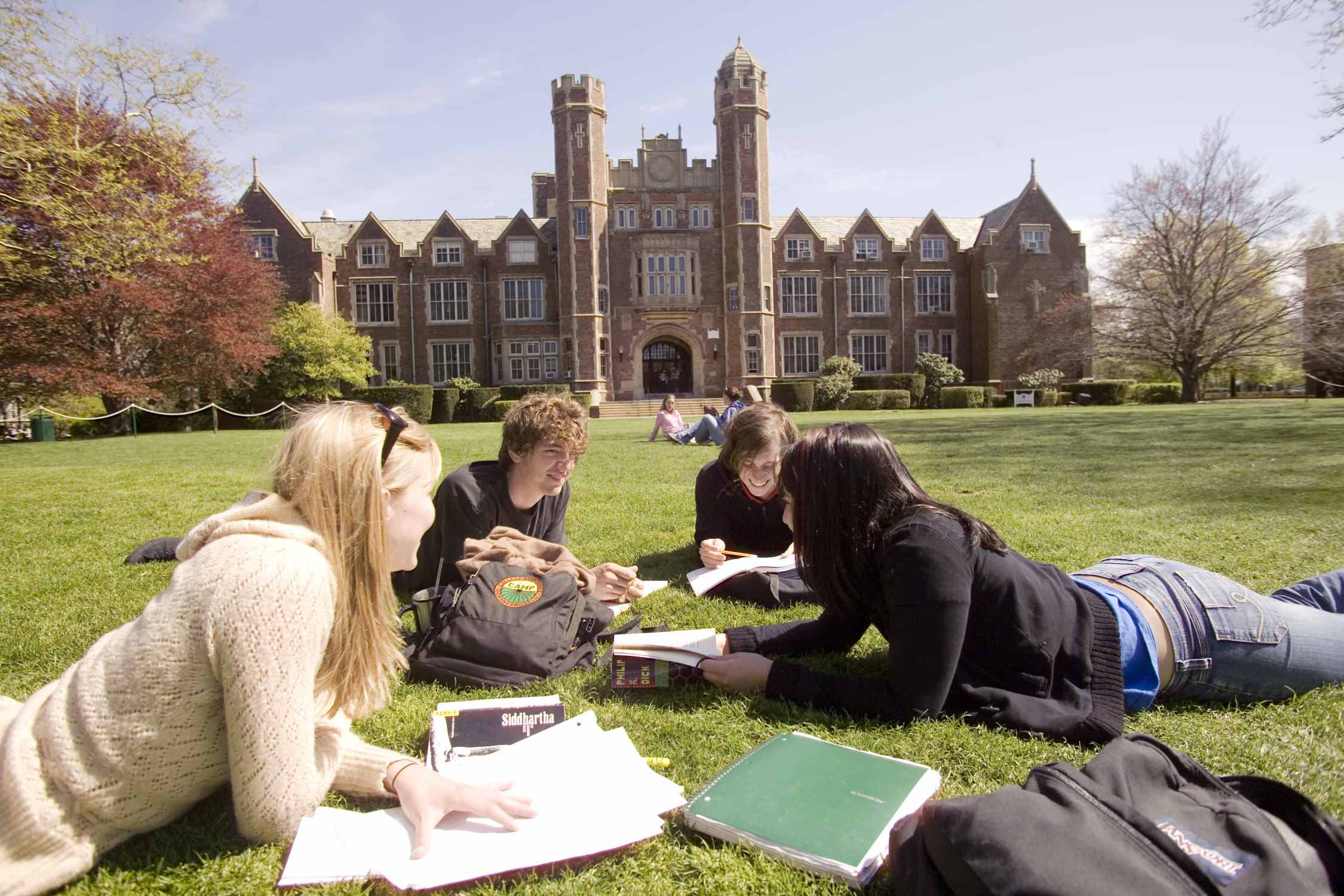 the high price of college education in america Everyone knows that the worlds of high school and college couldn't be further apart but 20 differences between high school & college life.